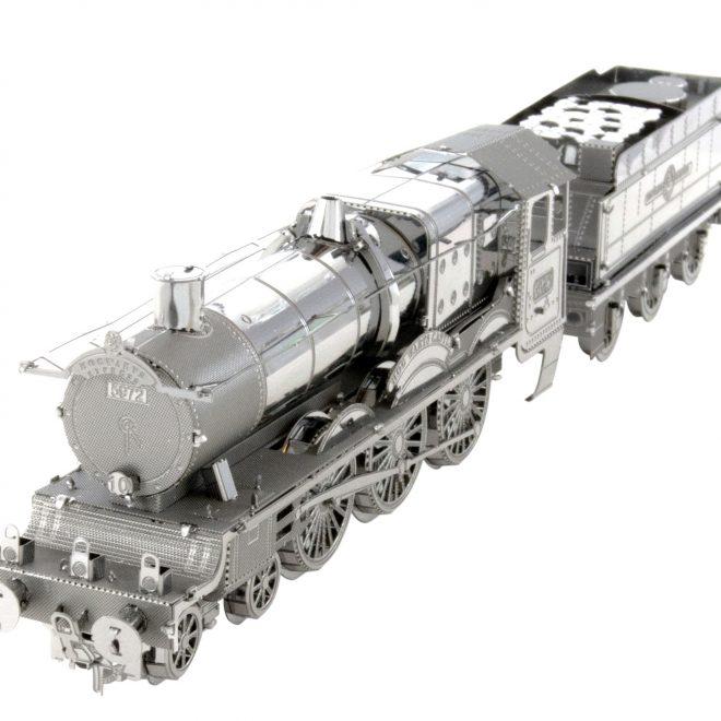0005146_hogwarts-express-train